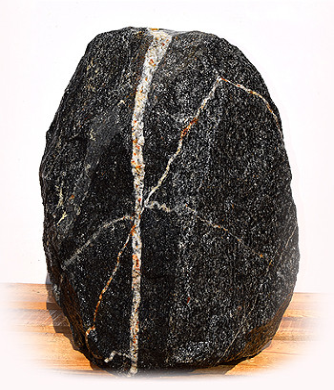 Eisgletscher Granit Quellstein Nr 11/H63cm - Findling 02