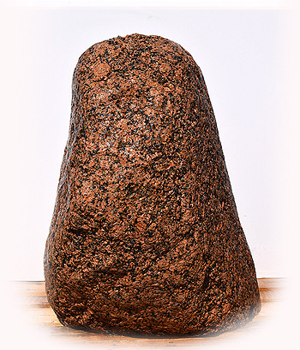 Eisgletscher Granit Quellstein Nr 14/H87cm - Findling 04